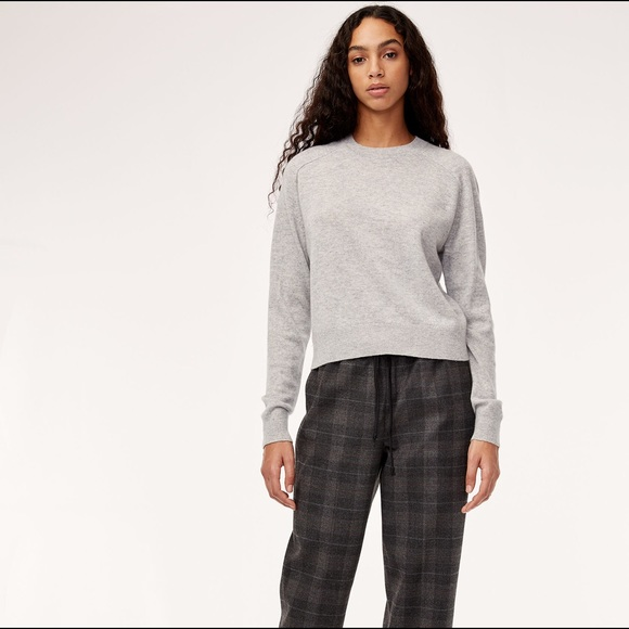 Aritzia the group by Babaton luxe cashmere crew